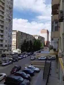 Bakı şəhəri, Binəqədi rayonu, 9-cu mikrorayon qəsəbəsində, 3 otaqlı yeni tikili satılır (Elan: 108842)
