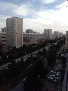 Bakı şəhəri, Binəqədi rayonu, 8-ci mikrorayon qəsəbəsində, 1 otaqlı köhnə tikili satılır (Elan: 138662)