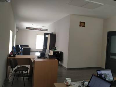 Bakı şəhəri, Nərimanov rayonunda, 1 otaqlı ofis kirayə verilir (Elan: 143348)