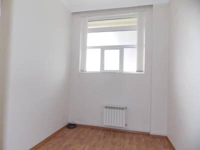 Bakı şəhəri, Nərimanov rayonunda, 10 otaqlı ofis kirayə verilir (Elan: 114141)