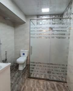 Bakı şəhəri, Yasamal rayonu, Yeni Yasamal qəsəbəsində, 3 otaqlı yeni tikili satılır (Elan: 124093)