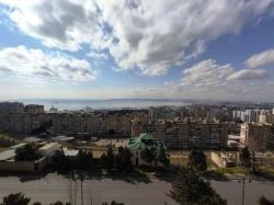 Bakı şəhəri, Xətai rayonu, Köhnə Günəşli qəsəbəsində, 3 otaqlı köhnə tikili satılır (Elan: 184295)
