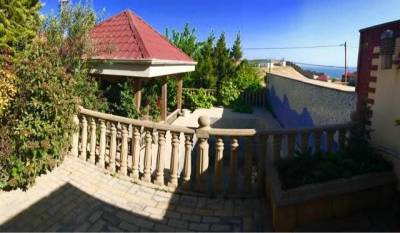 Bakı şəhəri, Səbail rayonu, Badamdar qəsəbəsində, 8 otaqlı ev / villa satılır (Elan: 145012)
