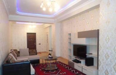 Bakı şəhəri, Yasamal rayonunda, 3 otaqlı yeni tikili kirayə verilir (Elan: 160447)