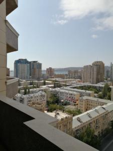 Bakı şəhəri, Səbail rayonunda, 5 otaqlı yeni tikili kirayə verilir (Elan: 109882)