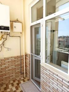 Bakı şəhəri, Binəqədi rayonu, 9-cu mikrorayon qəsəbəsində, 2 otaqlı yeni tikili satılır (Elan: 172418)