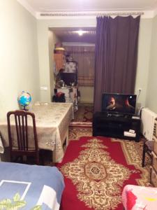 Bakı şəhəri, Binəqədi rayonu, 7-ci mikrorayon qəsəbəsində, 1 otaqlı köhnə tikili satılır (Elan: 107107)