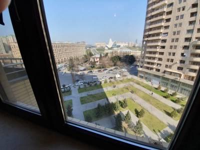 Bakı şəhəri, Nərimanov rayonunda, 3 otaqlı yeni tikili satılır (Elan: 131575)