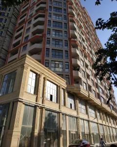 Bakı şəhəri, Nərimanov rayonunda, 5 otaqlı yeni tikili kirayə verilir (Elan: 107586)