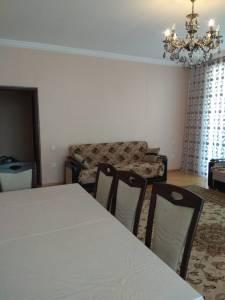 Bakı şəhəri, Nərimanov rayonunda, 4 otaqlı yeni tikili kirayə verilir (Elan: 161858)