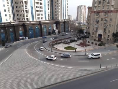 Bakı şəhəri, Yasamal rayonunda, 3 otaqlı köhnə tikili satılır (Elan: 166545)