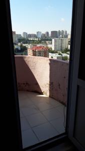 Bakı şəhəri, Binəqədi rayonu, 9-cu mikrorayon qəsəbəsində, 2 otaqlı yeni tikili satılır (Elan: 107595)