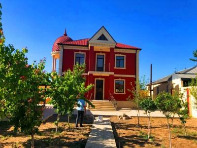 Bakı şəhəri, Xəzər rayonu, Buzovna qəsəbəsində, 4 otaqlı ev / villa satılır (Elan: 109921)