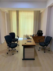 Bakı şəhəri, Nərimanov rayonunda, 3 otaqlı ofis kirayə verilir (Elan: 108184)