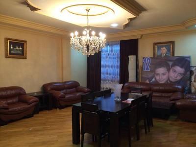 Bakı şəhəri, Yasamal rayonunda, 4 otaqlı yeni tikili kirayə verilir (Elan: 109651)