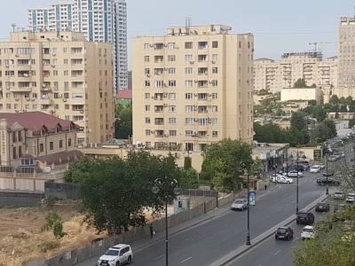 Bakı şəhəri, Yasamal rayonunda, 3 otaqlı köhnə tikili satılır (Elan: 155381)