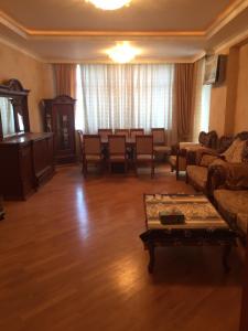 Bakı şəhəri, Yasamal rayonunda, 3 otaqlı yeni tikili satılır (Elan: 106549)