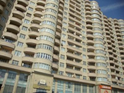 Bakı şəhəri, Yasamal rayonunda, 2 otaqlı yeni tikili satılır (Elan: 109999)