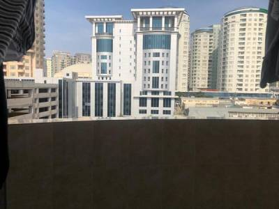 Bakı şəhəri, Nəsimi rayonunda, 3 otaqlı yeni tikili kirayə verilir (Elan: 172914)