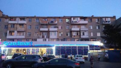 Bakı şəhəri, Nizami rayonunda, 3 otaqlı köhnə tikili satılır (Elan: 108074)