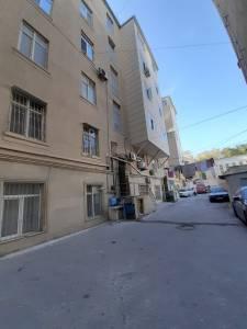 Bakı şəhəri, Nəsimi rayonunda, 2 otaqlı köhnə tikili kirayə verilir (Elan: 166752)