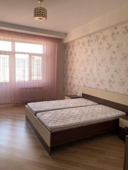 Bakı şəhəri, Nərimanov rayonunda, 4 otaqlı yeni tikili kirayə verilir (Elan: 193749)