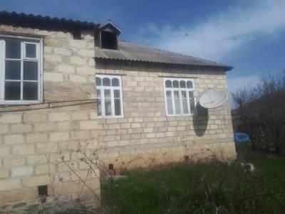 Quba şəhərində, 3 otaqlı ev / villa satılır (Elan: 143395)