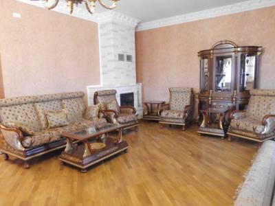 Bakı şəhəri, Səbail rayonu, Badamdar qəsəbəsində, 4 otaqlı ev / villa kirayə verilir (Elan: 144514)