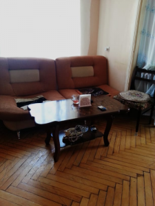 Bakı şəhəri, Yasamal rayonunda, 2 otaqlı köhnə tikili satılır (Elan: 107729)