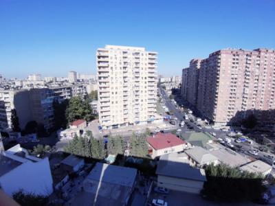 Bakı şəhəri, Yasamal rayonunda, 3 otaqlı köhnə tikili satılır (Elan: 106249)