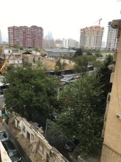 Bakı şəhəri, Nərimanov rayonunda, 3 otaqlı yeni tikili satılır (Elan: 202493)