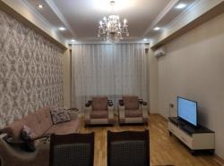 Bakı şəhəri, Nizami rayonunda, 3 otaqlı yeni tikili kirayə verilir (Elan: 202229)