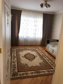 Bakı şəhəri, Nəsimi rayonunda, 3 otaqlı yeni tikili kirayə verilir (Elan: 187993)