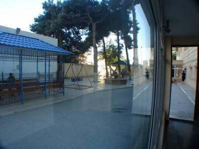 Bakı şəhəri, Nərimanov rayonunda, 3 otaqlı yeni tikili kirayə verilir (Elan: 147227)