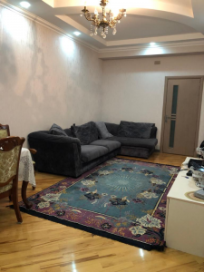 Bakı şəhəri, Xətai rayonunda, 3 otaqlı yeni tikili kirayə verilir (Elan: 107105)