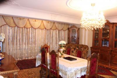 Bakı şəhəri, Nərimanov rayonunda, 5 otaqlı köhnə tikili satılır (Elan: 106983)