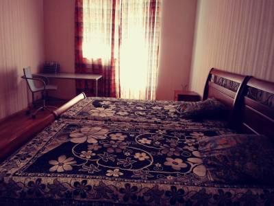 Bakı şəhəri, Yasamal rayonunda, 3 otaqlı yeni tikili kirayə verilir (Elan: 158006)