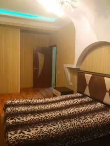 Bakı şəhəri, Nərimanov rayonunda, 3 otaqlı yeni tikili kirayə verilir (Elan: 144522)