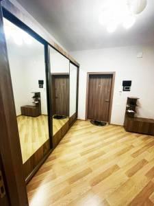 Bakı şəhəri, Nərimanov rayonunda, 2 otaqlı yeni tikili kirayə verilir (Elan: 172760)