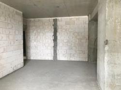 Bakı şəhəri, Yasamal rayonunda, 2 otaqlı yeni tikili satılır (Elan: 182536)