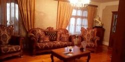 Bakı şəhəri, Suraxanı rayonu, Qaraçuxur qəsəbəsində, 5 otaqlı köhnə tikili satılır (Elan: 180574)