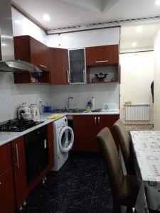 Bakı şəhəri, Yasamal rayonunda, 3 otaqlı köhnə tikili satılır (Elan: 109006)