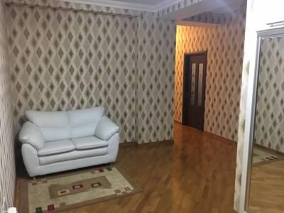Bakı şəhəri, Nəsimi rayonunda, 3 otaqlı yeni tikili kirayə verilir (Elan: 152605)