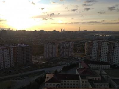 Bakı şəhəri, Yasamal rayonu, Yeni Yasamal qəsəbəsində, 3 otaqlı yeni tikili satılır (Elan: 109592)
