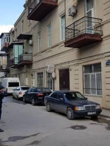 Bakı şəhəri, Səbail rayonunda, 4 otaqlı ofis kirayə verilir (Elan: 159922)