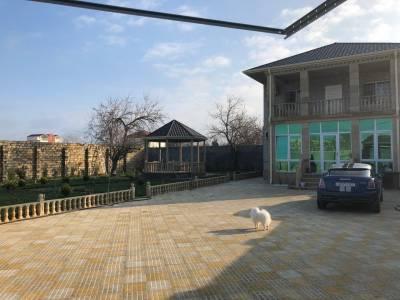 Bakı şəhəri, Abşeron rayonu, Novxanı qəsəbəsində, 6 otaqlı ev / villa satılır (Elan: 138170)