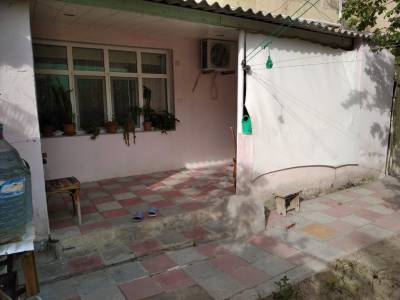 Xırdalan şəhərində, 2 otaqlı köhnə tikili satılır (Elan: 151532)