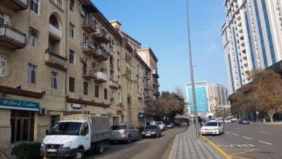 Bakı şəhəri, Yasamal rayonunda, 3 otaqlı köhnə tikili satılır (Elan: 108307)