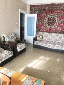 Bakı şəhəri, Xətai rayonu, Əhmədli qəsəbəsində, 2 otaqlı köhnə tikili satılır (Elan: 106580)