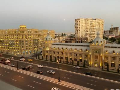 Bakı şəhəri, Nərimanov rayonunda, 3 otaqlı yeni tikili kirayə verilir (Elan: 157562)